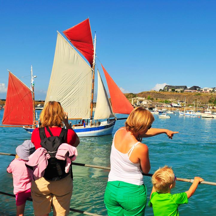 village vacances bretagne hauteville sur mer hauteville sur mer balades